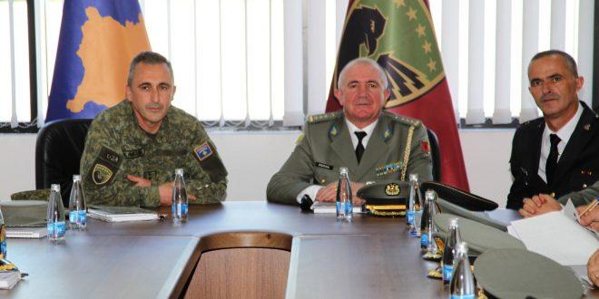 Oficerë të Kursit të Lartë të Republikës së Shqipërisë vizituan Forcën e Sigurisë së Kosovës