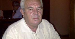 """Prof. Dr. Bardhosh Gaçe: """"Ikja e madhe"""", një rrëfim i trishtueshëm për emigracionin shqiptar"""