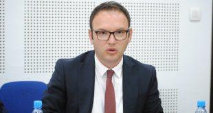Vetëvendosje kërkon raportim të drejtorit të AKI-së, Kreshnik Gashi pas zhvillimeve të fundit në fshatin Karaçevë