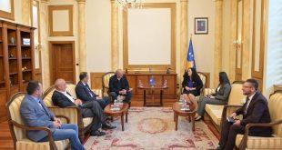 Kryekuvendarja, Vjosa Osmani, ka biseduar me drejtues të Shoqatës së të Drejtave të Pacientëve