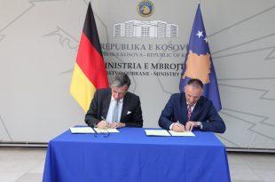 Gjermania ndan një grant prej 500 mijë euro për Forcën e Sigurisë së Kosovës për blerjen e pajisjeve mjekësore