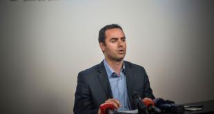 Glauk Konjufca: Ashtu siç arritën t'i largojnë banditët nga Klina do t i largojnë edhe nga Qeveria