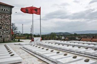 """Në Gllogjan dhe Kodrali të Deçanit sot bëhën homazhe në nderim të Batalionit Gardist """"Shkelzen Haradinaj"""""""