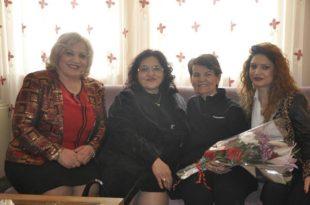Kryesia e degës së Gruas Demokratike vizitoi disa nga veteranet e arsimit në komunën e Prizrenit
