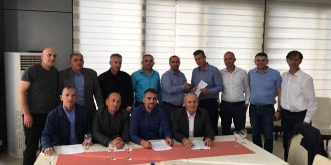 """Lidhja e Historianëve të Kosovës """"Ali Hadri"""" dega në Deçan kërkon që Lista Serbe të shpallet organizatë terroriste"""