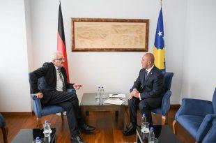 Kryeministri Haradinaj, ka pritur sot në takim zëvendës-presidentin e Parlamentit Evropian, Rainer Wieland
