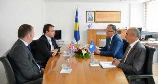 Ministri Hamza ka pritur sot në takim ambasadorin e Mbretërisë së Bashkuar në Kosovë Ruairi O'Connel