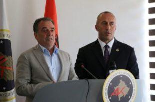 Duke qenë i sigurt nën ombrellën e Ramush Haradinajt kosovari, Halil Matoshi sulmon Isa Mustafën
