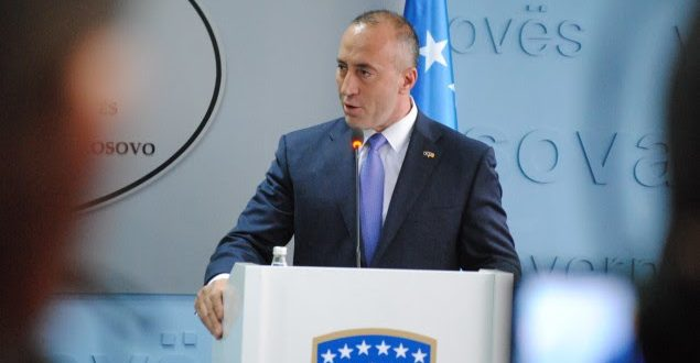 Kryeministri në detyrë, Ramush Haradinaj nuk i komenton paralajmërimet e Hoxhajt për tërheqjen e njohjeve
