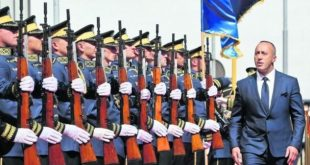 Haradinaj viziton FSK-në në prag të 1 vjetorit të miratimit të tri ligjeve që kësaj force i dhanë mandat ushtarak