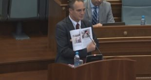 Nait Hasani: Deri më tani asnjë qeveri e Kosovës nuk ka kërkuar zbardhjen e masakrës në burgun e Dubravës
