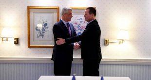 Tim Judah: Ambasadori Grenell po krijon probleme duke inkurajuar kryetarin Thaçin, fuqia e të cilit është zbehur