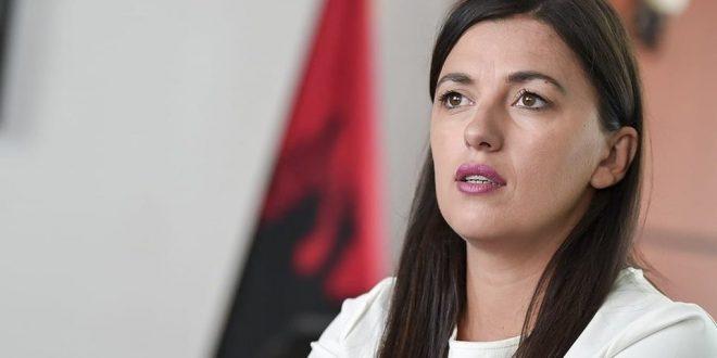 Haxhiu: Në dialog po shkojnë persona të papërgatitur që pasuritë e Kosovës të ndërtuara me djersë po ndajnë me Serbinë