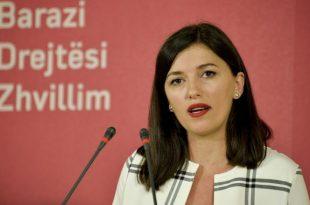 Albulena Haxhiu: Lëvizja Vetëvendosje asnjëherë nuk ka qenë më e fuqishme dhe më e organizuar se tani