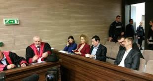 Shtyhet për 20 shkurt gjykimi kundër deputetëve: Albin Kurti, Albulena Haxhiu, Faton Topalli e Donika Kadaj Bujupi