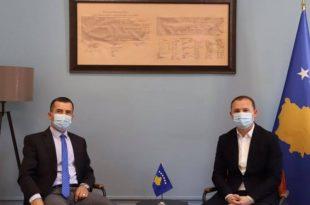 Ministri Zemaj e pret në takim ushtruesin e detyrës së kryeshefit të Inspektoratit Policor të Kosovës, Kushtrim Hodaj
