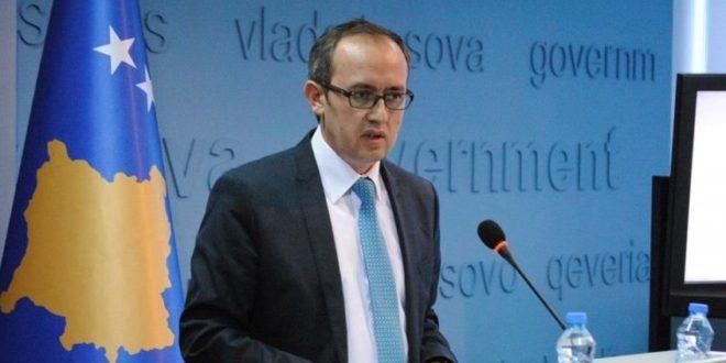 Hoti: Vendimi për vizat është komplet vendim i bashkësisë evropiane, ne duhet të presim e të mos ngutemi