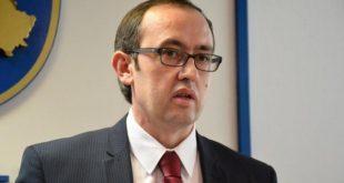 Dënohet sulmi me vezë ndaj zëvendës-kryeministrit të Kosovës, Avdullah Hoti, për shkak të paralajmëriti të heqjes së taksës