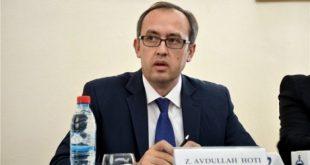 Hoti: Kosova ka humbur dy vite të plota me ndërhyrjet jokushtetuese të kryetarit dhe qeverisë në procesin e dialogu