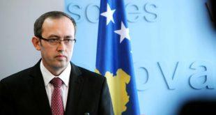 Hoti: Qeveria e Kosovës do ta mbështesë Telekomin, këtë ndërmarrje me interes strategjik për vendin