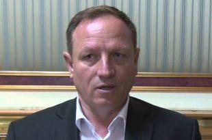 Enver Hoti: Koalicioni i gabuar i LDK-së me PDK-në, bëri që rreth 150.000 qytetarë të ikin nga Kosova