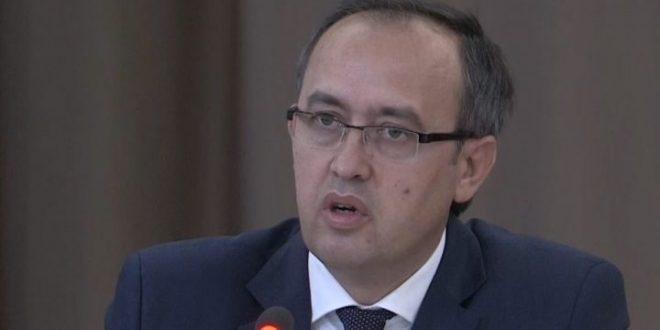 Hoti: Kosova ka një kryeministër që po i ushtron autorizimet kushtetuese pa lejuar asnjë ndërhyrje në ato autorizime