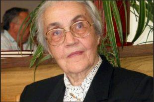Ndahet nga jeta në moshën 99 vjeçare Nexhmije Hoxha, gruaja e ish-liderit shqiptar Enver Hoxha
