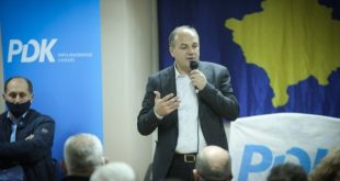 Enver Hoxhaj nga Gjilani fton sërish Albin Kurtin në debat televiziv