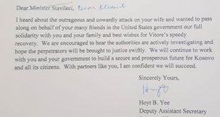 Hoyt Yee, në një letër dërguar ministrit Blerand Stavileci, i ka shprehur keqardhje për sulmin ndaj bashkëshortes së tij