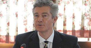 Ish-gjyqtari i EULEX-it, Malcolm Simmons sërish kërkon të raportojë në Komisionin Parlamentar për Legjislacion
