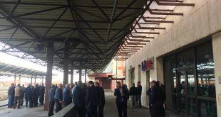 """Punëtorët e """"Infrakosit"""" kanë protestuar sot për vonesë në në marrjen e pagës së muajit shtator dhe tetor"""