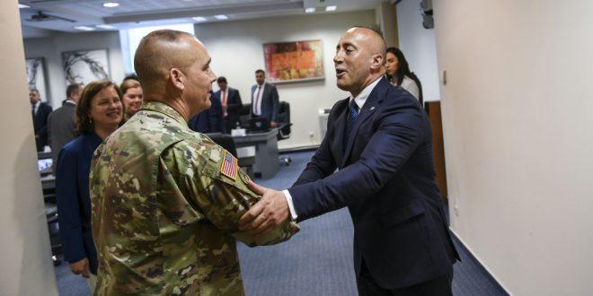 Anulohet vizita e komandantit të Gardës së Iowas, gjeneral-majorit Timothy Orr, në Kosovë për shkak të taksës