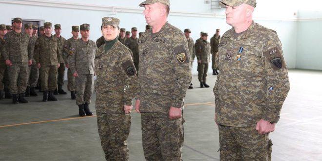 """Në kazermën """"Skënderbeu"""" të FSK-së në Ferizaj, u zhvillua sot ceremonia e ndërrimit të komandës së KDS-së"""