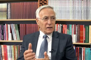Krasniqi: Kryetarët e partive t'i lënë anash urrejtjet ndërpersonale dhe të bashkohen e të punojnë në të mirë të qytetarëve