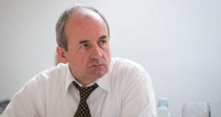 Shqipëria dhe vendet me popullsi myslimane janë kthyer në viktima të paragjykimit të manipuluar nga politika, thotë Januz Bugajski
