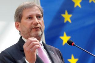 Hahn: Duhet të lëmë Kosovën dhe Serbinë të negociojnë vetë, përsa i përket shkëmbimit të territorit
