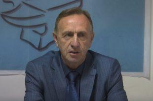 Azemi: Greva e punëtorëve teknikë do të vazhdojë deri të marrin garanci nga Qeveria për shtesat