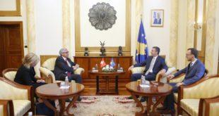 Kadri Veseli, ka pritur në takim njoftues ambasadorin e ri të Zvicrës në Kosovë, Zhan-Hubert Lebet