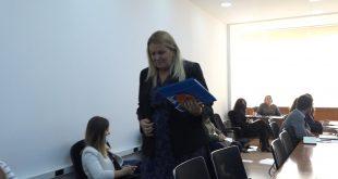 Deputetja e AAK-së, Time Kadrijaj, e ka lëshuar mbledhjen e Komisionit për Integrime Evropiane