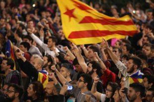 Përvjetori i parë i Referendumit për shkëputjen e Katalunjës nga Spanja u shënua përplasje të dhunshme