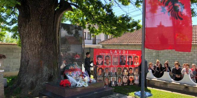 Sot në Katund të Ri të Pejës, janë përkujtuar dëshmorët dhe martirët e këtij fshati të rënë për liri
