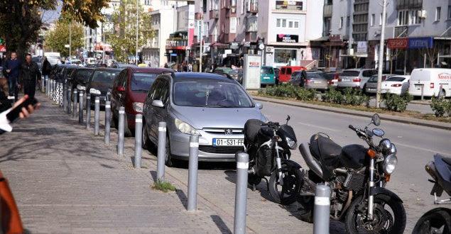 Kandidati i Vetëvendosjes për kryetar të Prishtinës, Shpend Ahmeti premton rregullim të parkingjeve në kryeqytet