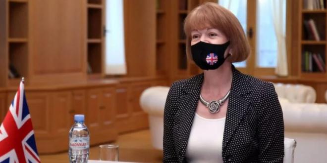 Wendy Morton: Britania e Madhe mbetet e përkushtuar dhe e mbështet dialogun në mes Kosovës dhe Serbisë