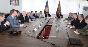 Deputetët e Komisionit Parlamentar të Mbrojtjes të Gjermanisë vizituan MFSK-në
