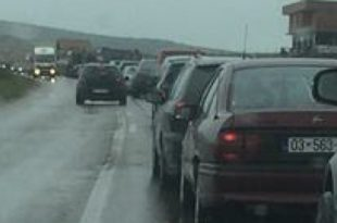 Pritjet më të gjata për të hyrë në Kosovë sipas QKMK-së janë regjistruar në Merdadre, deri në 6 orë pritje