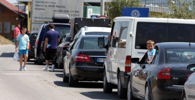 SipasQendrës Kombëtare për Menaxhim Kufitar, pritjet në Merdare janë deri në 2 orë