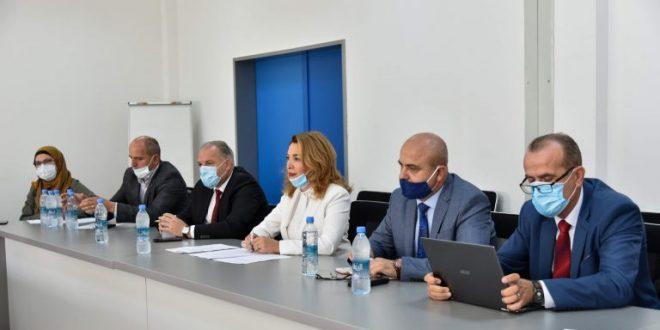 Komisioni Parlamentar për Shëndetësi dhe Mirëqenie Sociale e viziton ShSKUK-në