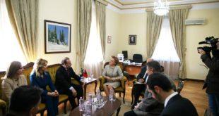 Anëtarët e Komisionit për Punë të Jashtme të Kuvendit të Kosovës qëndruan në Tiranë