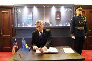 Kosnett: Me pa durim pres që të punojmë së bashku me qeverinë e Kosovës për zbatimin e marrëveshjes