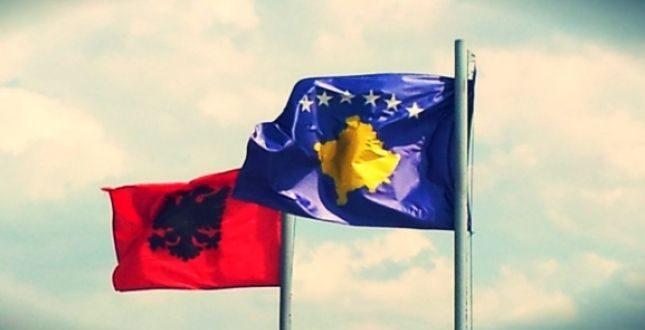Shqiperia dhe Kosova